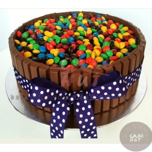 Kitkat & Gems Cake: Birthday cakes cochin,Send cake to ...